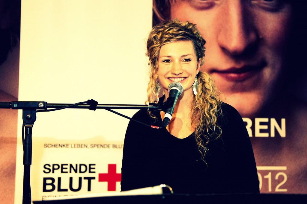 Anne Fraune Sängerin Berlin Firmenfeier